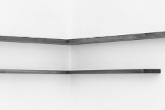 Eckregal, Kirsche, Maße ca. 26 × 110/145 × 18 cm³, 1992