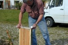 Das Lehnenholz wird ausgewählt
