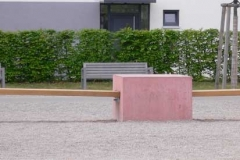 Sitzobjekt, Beton,Eiche, Ankauf Stadt Fürth, 2005