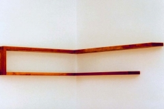 Eckregal, Kirsche, Maße ca. 26 × 110/145 × 18 cm³, 1992, € 1200.-