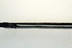 O.T., Holz sägerauh, gebrannt, Maße ca. 4 × 55 × 8 cm³, 2006, € 380.-