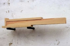 """Speicher"", Birne, Maße ca. 14 × 60 × 12 cm³, 2001"